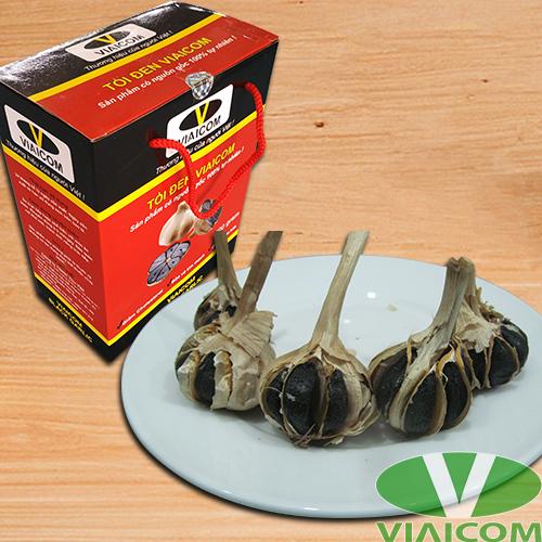 Hộp tỏi đen VIAICOM và đĩa tỏi đen